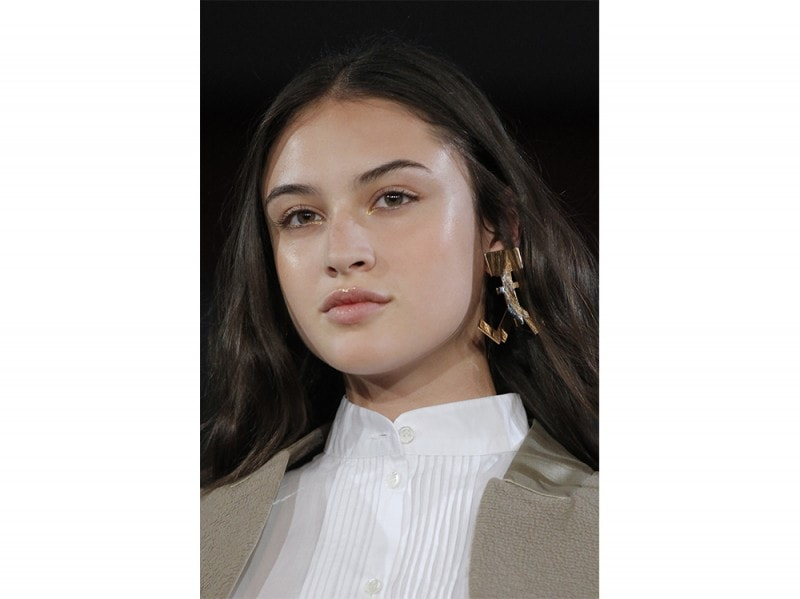 Glow_Make-up_Primavera_2017_Alexis-Mabille_clp_W_S17_PA_026_2530870