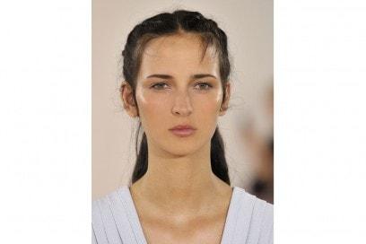 Glow_Make-up_Primavera_2017_Emilia-Wickstead_clp_W_S17_LO_027_2526088