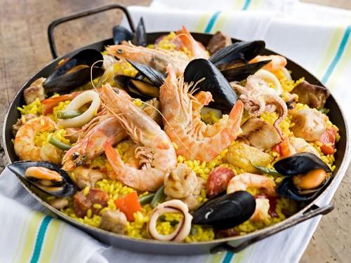 Paella Alla Valenciana Con Carne E Pesce Graziait