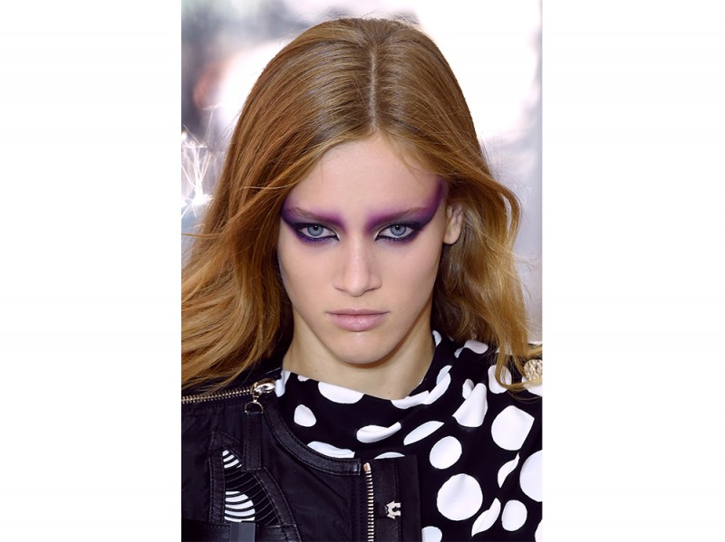 SS17-Beauty-Trend-Eighties_Louis-Vuitton_clp_W_S17_PA_054_2530606