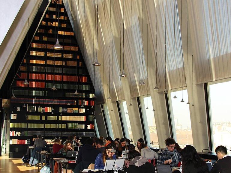 biblioteca fondazione feltrinelli