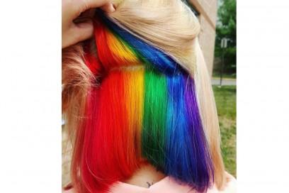 capelli arcobaleno sotto (1)