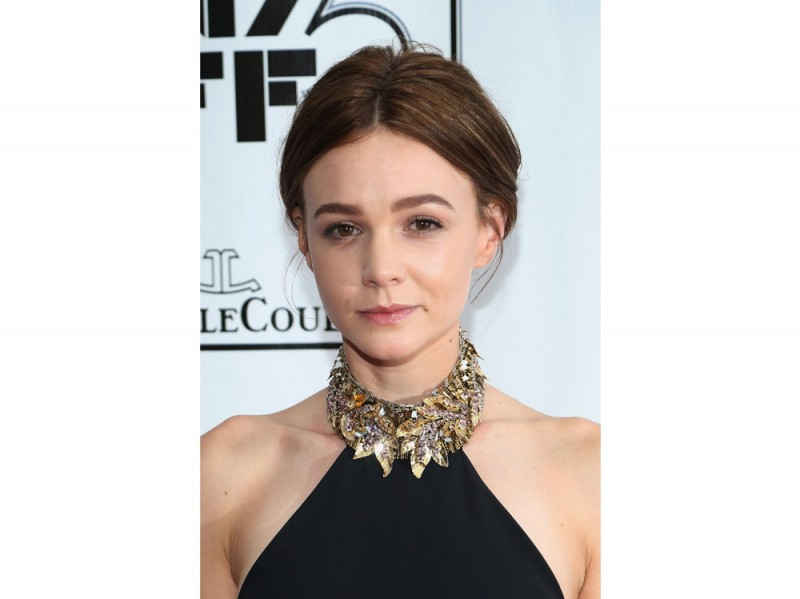 carey-mulligan-beauty-look-14