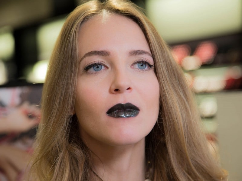 chanel-rouge-coco-gloss-11
