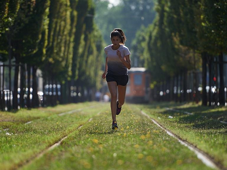 iniziare-a-correre-su-terreni-morbidi-giusta-sara-galimerti-adidas-runners-milano-community-runner-corsa-dimagrire