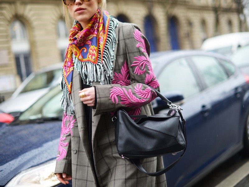 street-style-parigi-2017-cappotto-dries-van-noten-