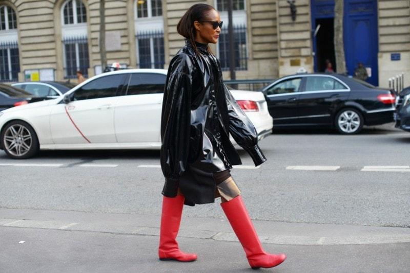 street style parigi stivali rossi