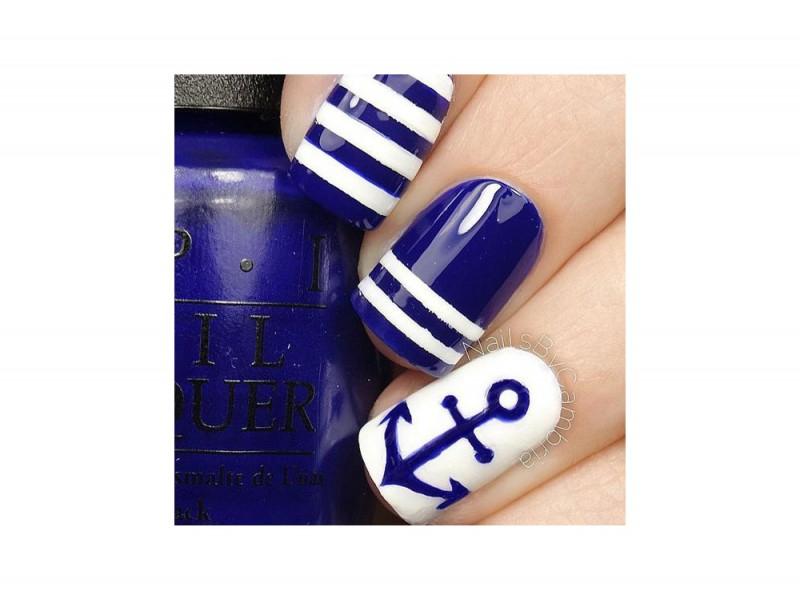 nail art blu
