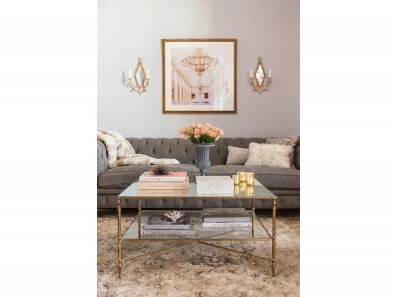 Come arredare la parete dietro al divano for Decorare parete dietro divano