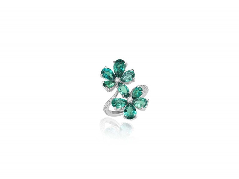 Chopard-For-You-Ring-diamonds-&-emeralds-829925-1002