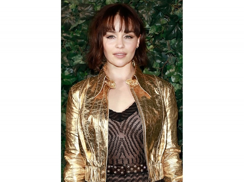Emilia Clarke caschetto