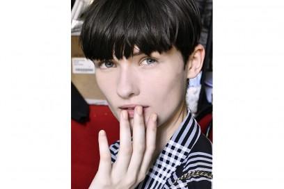Mannequin manicure