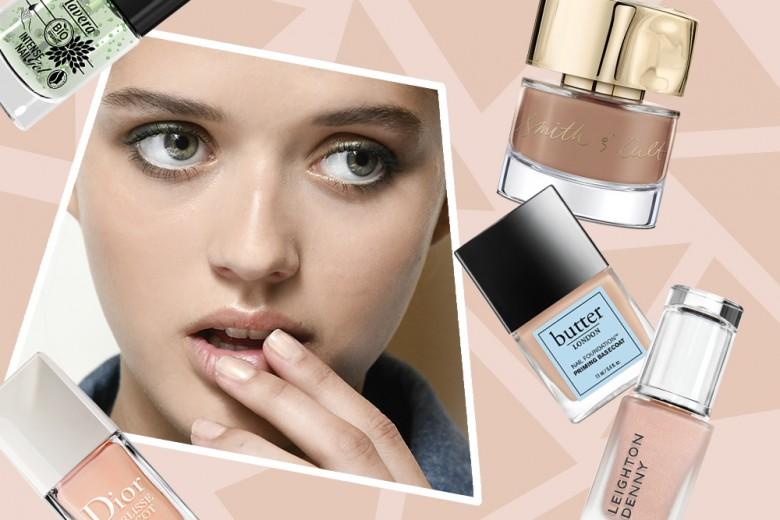 """Mannequin manicure: il trend """"effetto incarnato"""" sulle unghie"""
