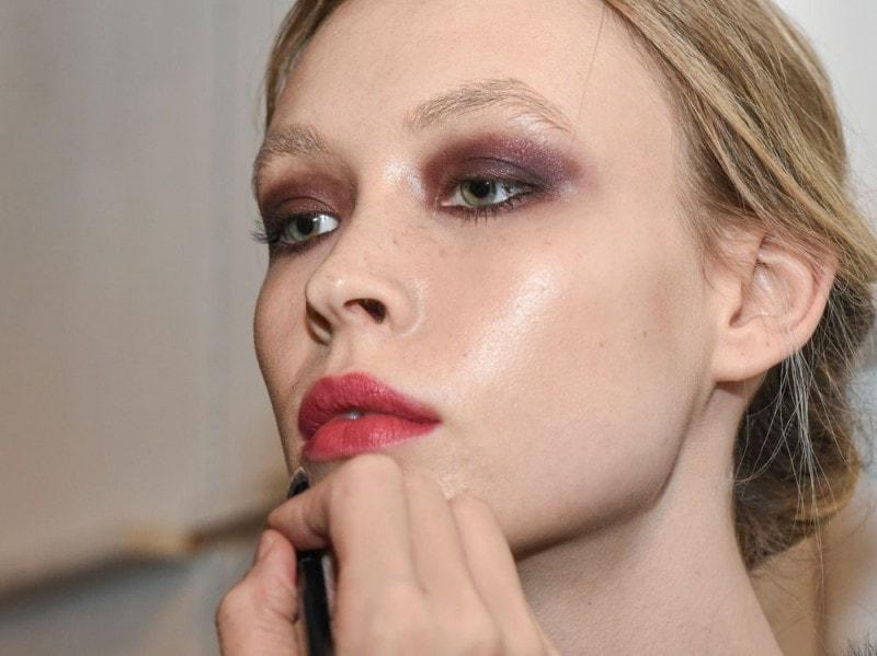 come truccare le labbra per renderle più carnose (14)