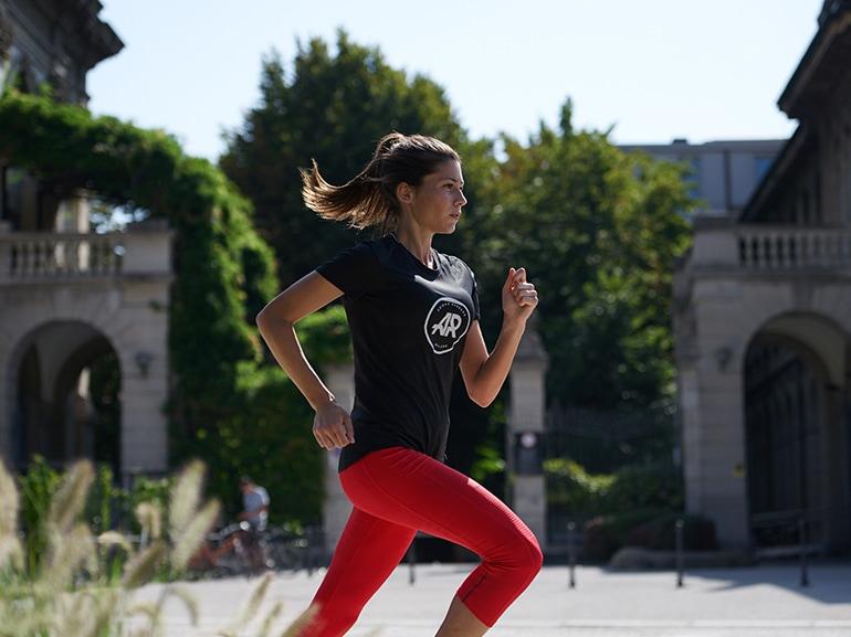 importanza-della-postura-nella-corsa-evitare-infortuni-dolori-correre-forte