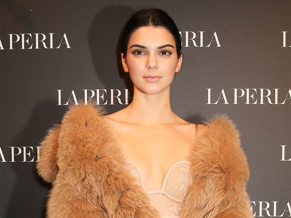 kendall-jenner-copia-il-look-01