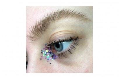 trucchi occhi glitter per la stagione dei festival (11)