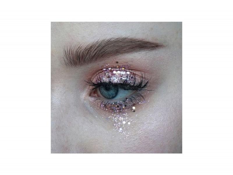 trucchi occhi glitter per la stagione dei festival (3)