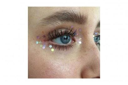 trucchi occhi glitter per la stagione dei festival (5)