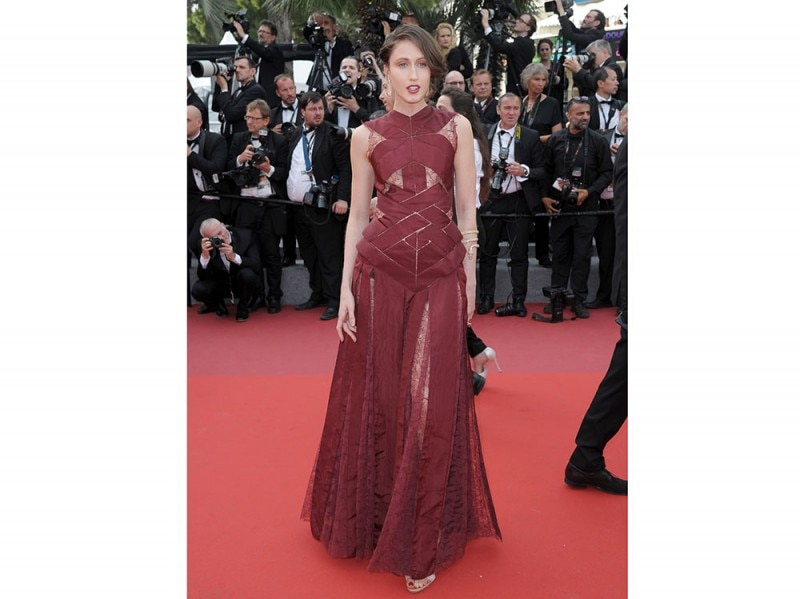 Anna-Cleveland-cannes