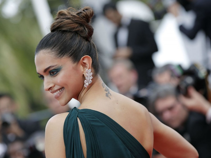 Deepika Padukone cannes splash