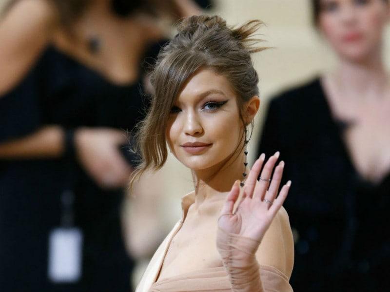 Gigi Hadid met 2017
