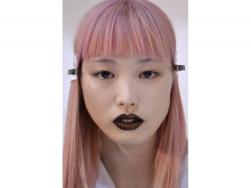 Glitter-make-up-pe-2017DKNY_bst_W_S17_NY_009_2467458
