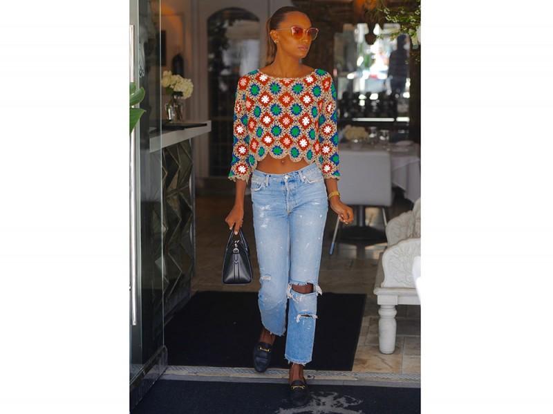 Jasmine-Tookes-jeans