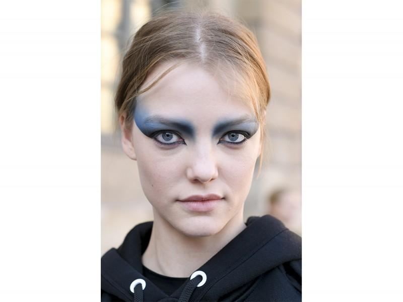 SS17-Beauty-Trend-Occhi-Colorati_Louis-Vuitton_ppl_W_S17_PA_145_2520649