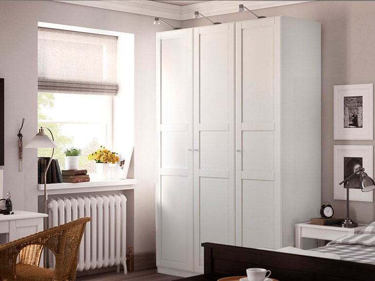 Ikea pax il guardaroba componibile per la camera perfetta for Guardaroba ante scorrevoli ikea