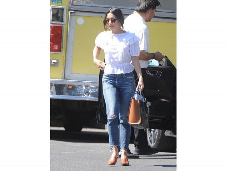 Vanessa-Hudgens-jeans