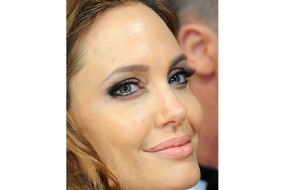angelina jolie make up (10)