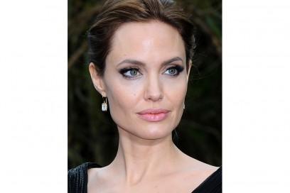 angelina jolie make up (12)