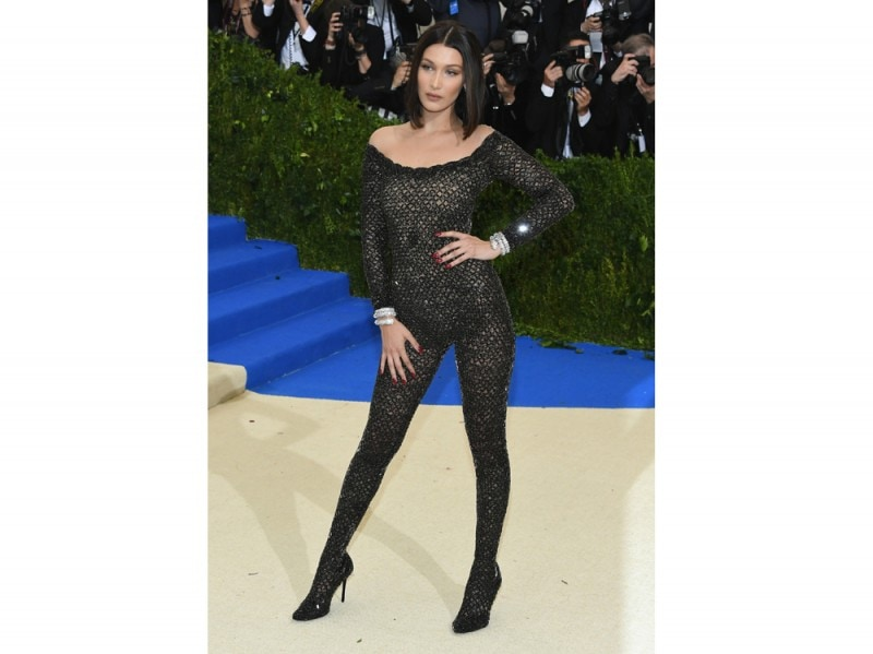 bella-hadid-met-ball