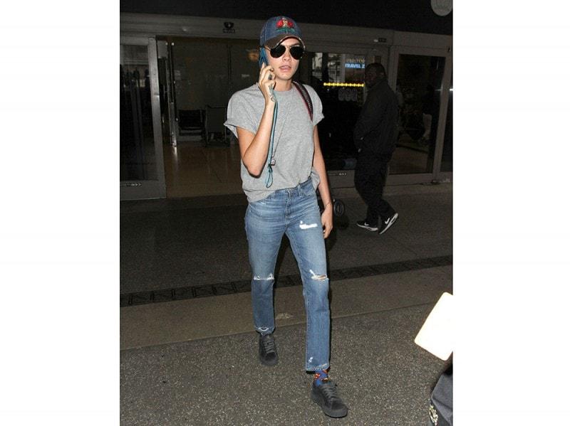 cara-delevingne-jeans