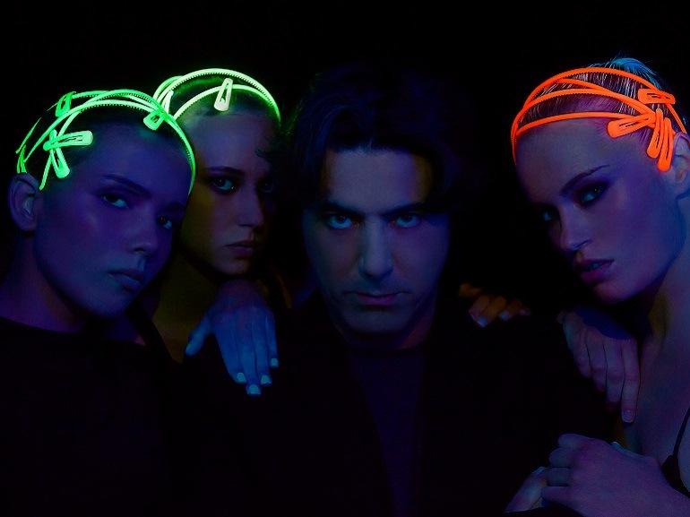 cover-bella-fashion-beppe-delia-accessori-capelli-estate-fluo-mobile