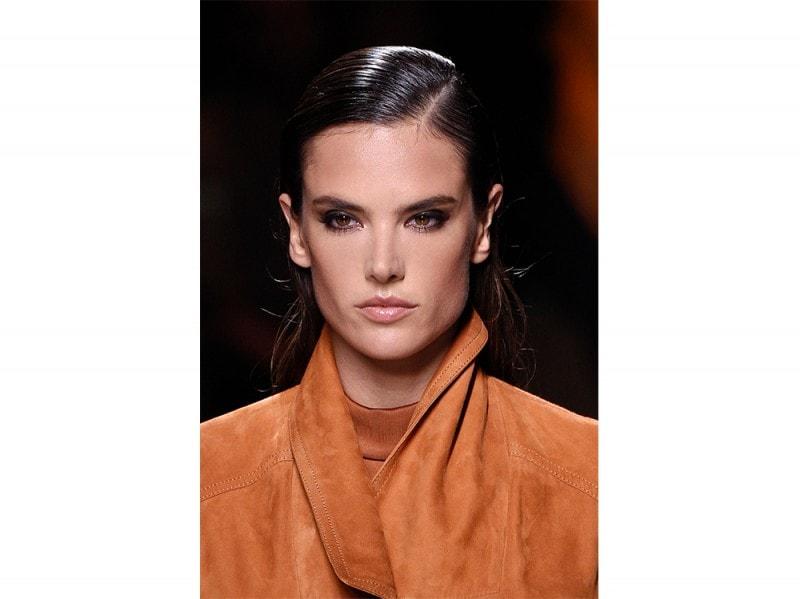 glossy-makeup-pe2017_Balmain_clp_W_S17_PA_086_2530899