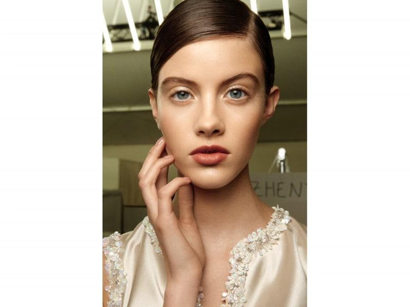 glowing make up chanel