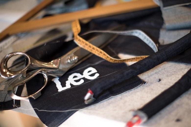 Lee® firma la prima bici da corsa in denim