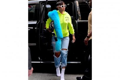 rihanna-jeans