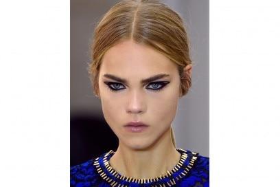 trucco-occhi-grafico-pe-2017Louis-Vuitton_clp_W_S17_PA_059_2530611