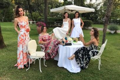 A28_Gresy Daniilidis, Virginia Valsecchi, Vera Arrivabene Gonzaga, Viola Arrivabene Gonzaga, Ginevra Rossini