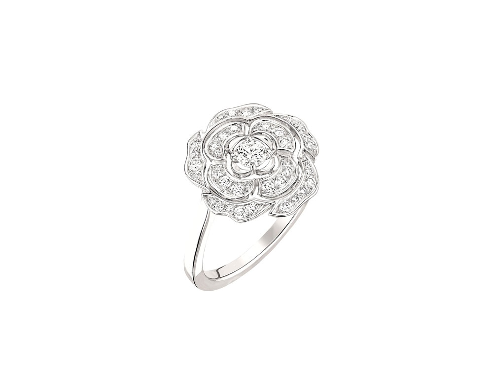 anello-chanel-BAGUE-BOUTON-DE-CAMELIA-MM