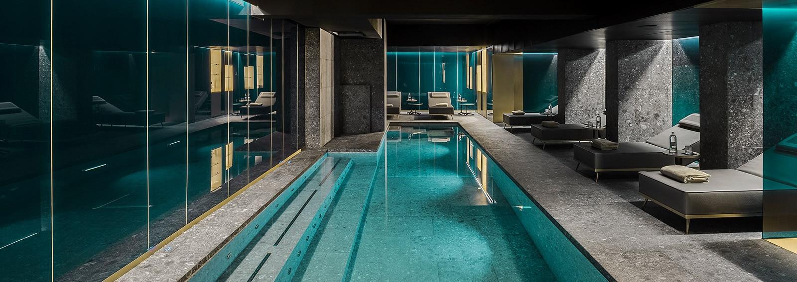 ceresio-7-piscina-desktop