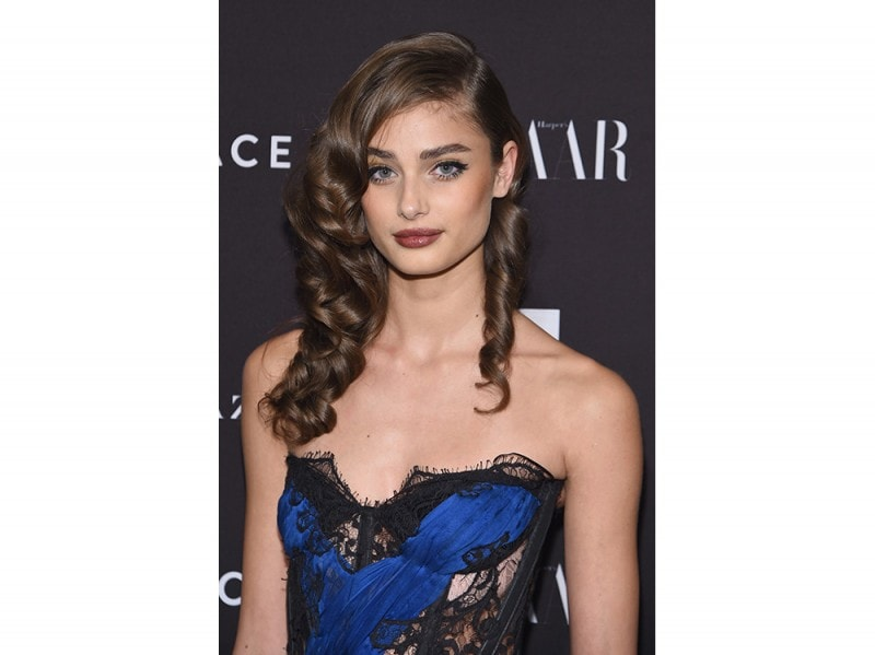 taylor hill beauty look (5)