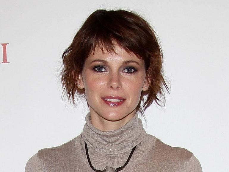 Barbara-Bobulova-cover-mobile