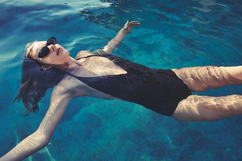 """Costumi da bagno """"last minute"""": i modelli più cool da mettere al volo in valigia"""