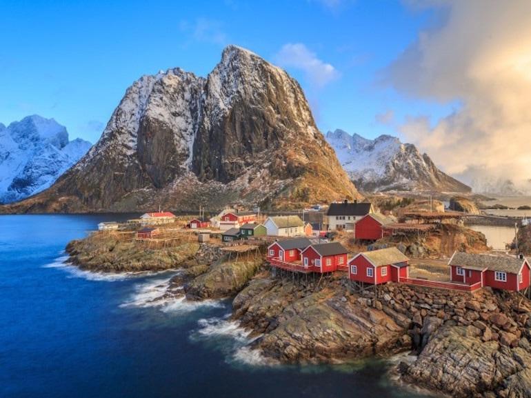 Norvegia by  Blueberry
