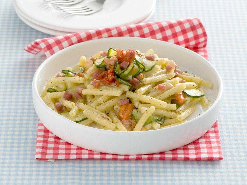 Pasta con speck e zucchine (2)