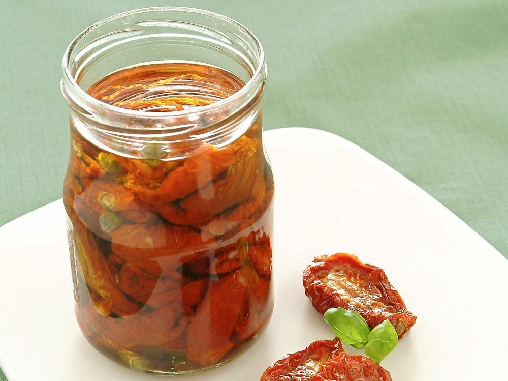 Pomodori secchi sotto olio